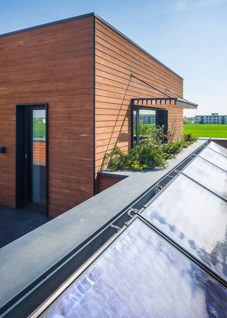 90% less energy than a conventional equivalent building