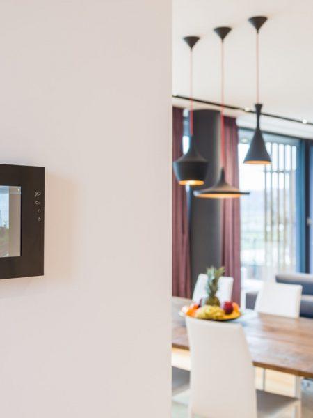 Şi să fie dotată cu cea mai performantă tehnologie smart home